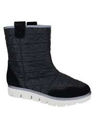Mia Terance Athleisure Quilted Booties Black