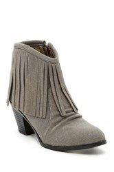 Bucco Lux Fringe Boot Gray