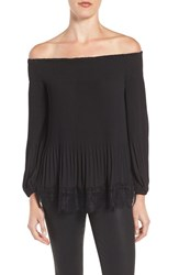 Chelsea 28 Women's Chelsea28 Pleated Off The Shoulder Top