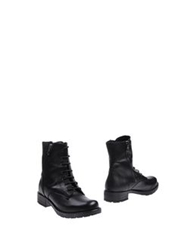 Innue' Ankle Boots Black