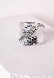 Missguided Leaf Detail Cuff Silver