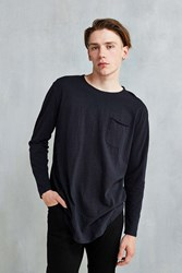 Feathers Nubby Linen Curved Hem Long Sleeve Tee Washed Black