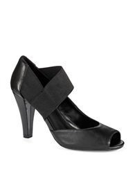 Kenneth Cole Reaction Shell We Go Pump Black