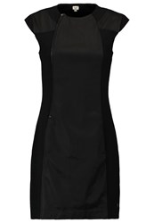 Khujo Margret Shift Dress Black