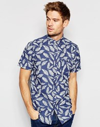 Brave Soul Short Sleeve Shirt In Feather Print Black