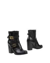 Evado Ankle Boots Black