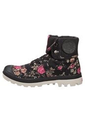 Palladium Pallabrouse Baggy Laceup Boots Black Pink