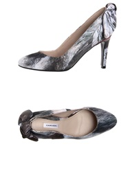 Carven Pumps