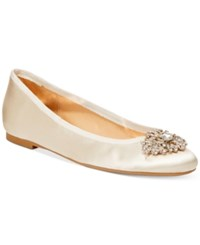 Badgley Mischka Abella Evening Flats Women's Shoes