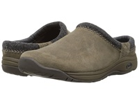 Chaco Zealander Dark Sand Men's Slip On Shoes Tan