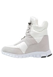 Lost Ink Ohm Winter Boots White