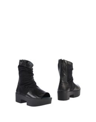 Fessura Ankle Boots Black