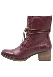 Mustang Laceup Boots Bordeaux