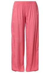 Buffalo Trousers Koralle Red