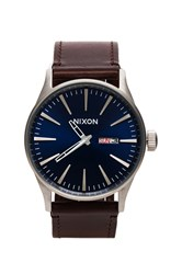 Nixon The Sentry Leather Brown