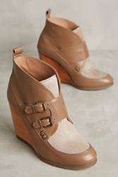 Anthropologie Cubanas Melody Wedge Booties Avana