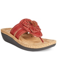 Cliffs By White Mountain Carnation Wedge Thong Sandals Women's Shoes Red