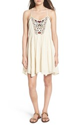 Band Of Gypsies Women's Embroidered Babydoll Dress Ivory Burgundy