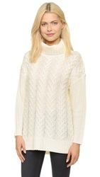 Glamorous Cable Knit Turtleneck Swaeter Cream