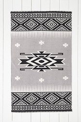 South West 5X7 Rug In Black And White Urban Outfitters