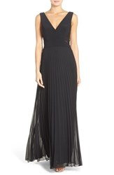 Xscape Evenings Women's Xscape Pleat Chiffon Gown