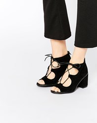 Oasis Lace Up Block Heeled Sandal In Suede Black