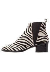 Whistles Belmont Ankle Boots Black