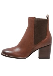Clarks Othea Ruby Ankle Boots Dark Tan Dark Brown
