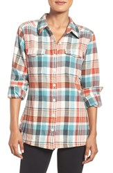 Patagonia Women's 'Fjord' Flannel Shirt Bay Laurel Toasted White