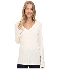 Dylan By True Grit Gauzy Cotton Long Sleeve V Neck Tee Chalk Women's Long Sleeve Pullover White