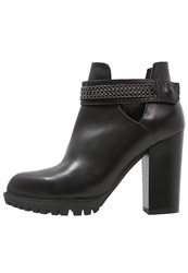 Cinti High Heeled Ankle Boots Black