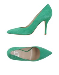 Strategia Footwear Courts Women Green