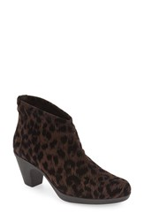 Toni Pons Women's 'Finley' Bootie Women Brown Print Fabric