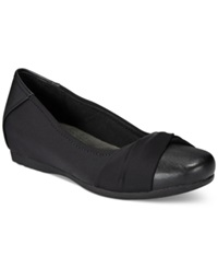 Bare Traps Mitsy Hidden Wedge Flats Women's Shoes