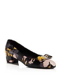Salvatore Ferragamo Vara Floral Print Low Heel Pumps Nero