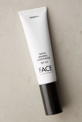 Anthropologie Face Stockholm Tinted Mineral Moisturizer Nyans 4 One Size Bath And Body