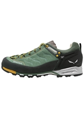 Salewa Mtn Trainer Walking Shoes Myrtle Nugget Gold Light Green