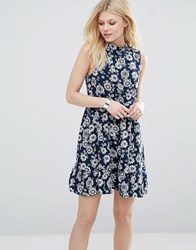 Iska Highneck Skater Dress In Daisy Print Navy White