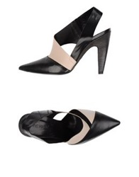 Vic Matie Vic Matie' Pumps Black