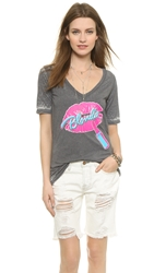 Chaser Pink Lips Blondie Shirt Multi