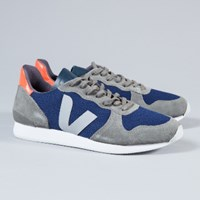 Veja Men's Nautical Holiday Low Suede Trainers
