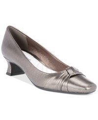 Easy Street Shoes Waive Pumps Women's Pewter
