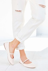 Urban Outfitters Holly Flat Peach