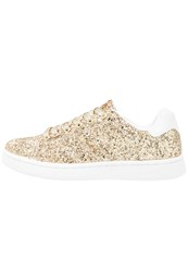 Missguided Trainers Gold