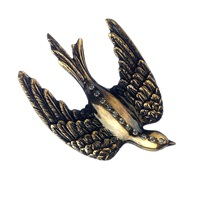 Queensbee Swallow Bird Brooch Gold
