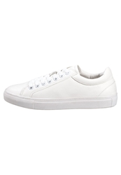 New Look Marshall Trainers White
