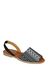 Refresh Clori Printed Flat Sandal Black