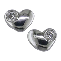 Ewa 9Ct White Gold Diamond Heart Stud Earrings