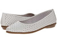 Aerosoles Between Us White Leather Women's Flat Shoes
