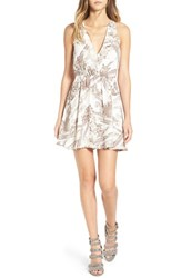 Leith Women's Print Ruffle Back Dress Ivory Floral Scarf